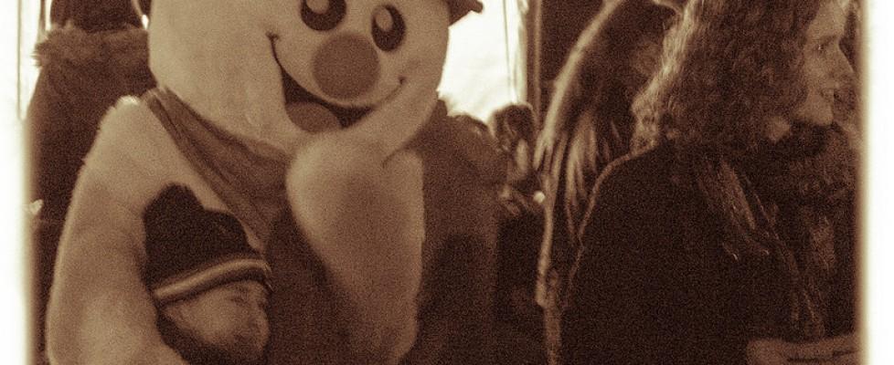 Glossop Christmas Market 2014 – Silent Night Carols