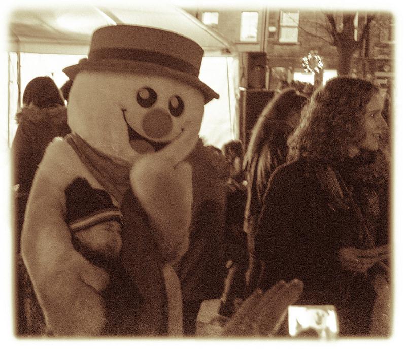 Glossop Christmas Market 2014 - Silent Night Carols
