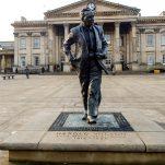 Bank holiday buses – and homage to Harold Wilson